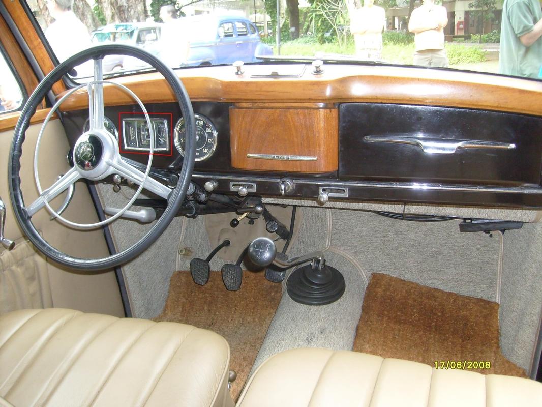 W136 170-S (1951) - R$ 130.000,00 Painel_da_170-_S_-_II