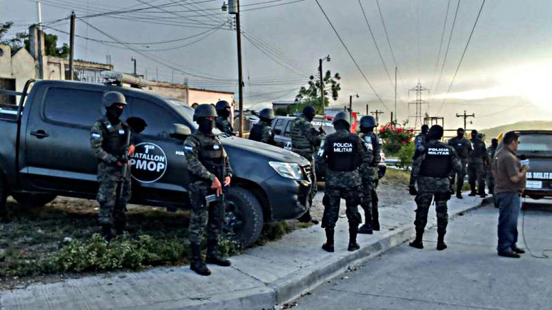 Fotos y videos de las FFAA de Honduras y equipos de los Bomberos Dt.common.streams.Stream_Server