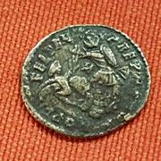 AE3 de Constancio II. FEL TEMP REPARATIO. Soldado romano alanceando a jinete caído. Arlles. 20171214_180904