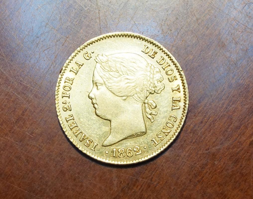 4 Pesos 1862 Isabel II. Manila  DSC04225