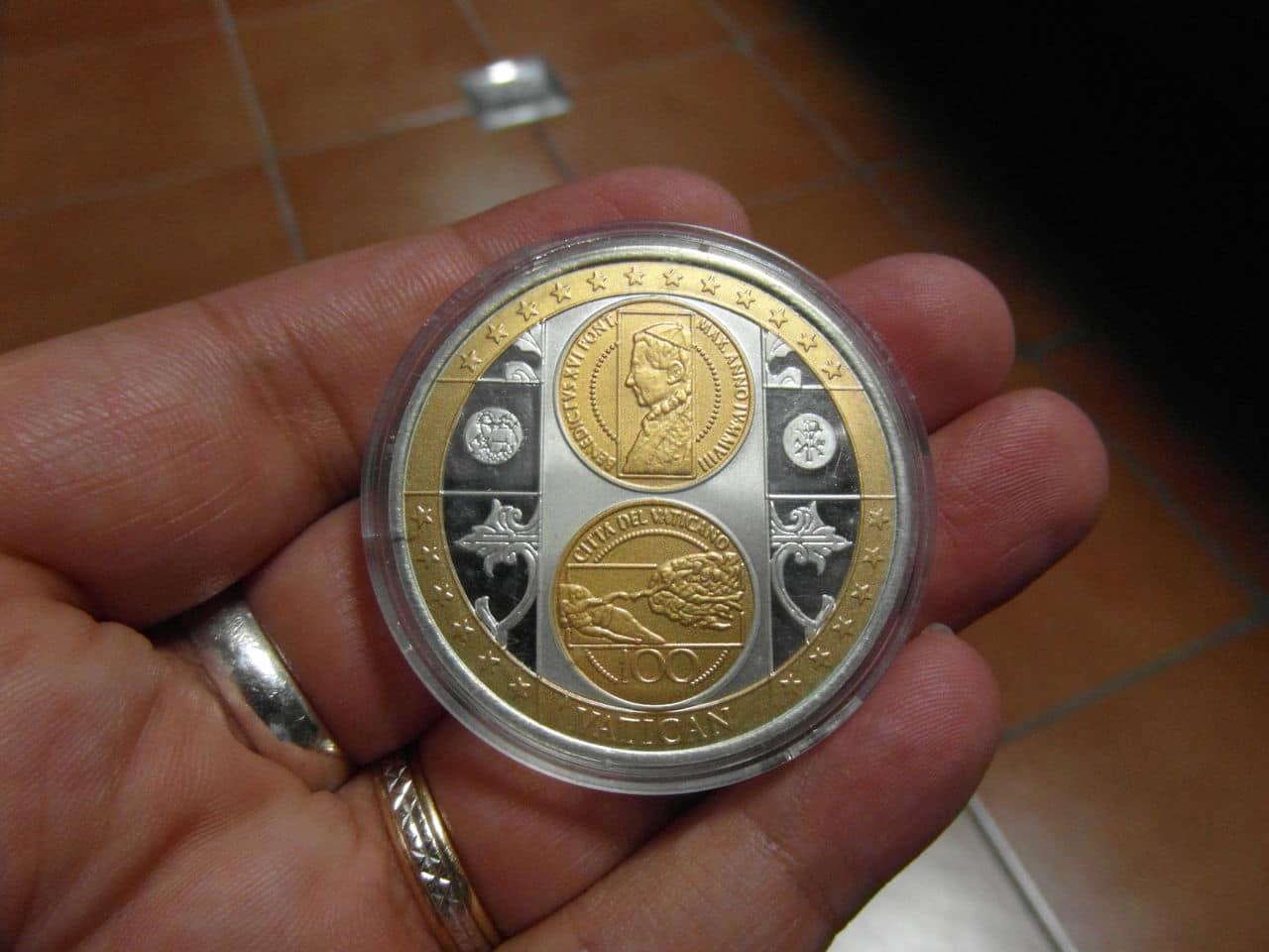 Medalla del Vaticano. SAM_0608
