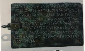 Bronce de Lascut - Historia gaditana en el Louvre Descarga
