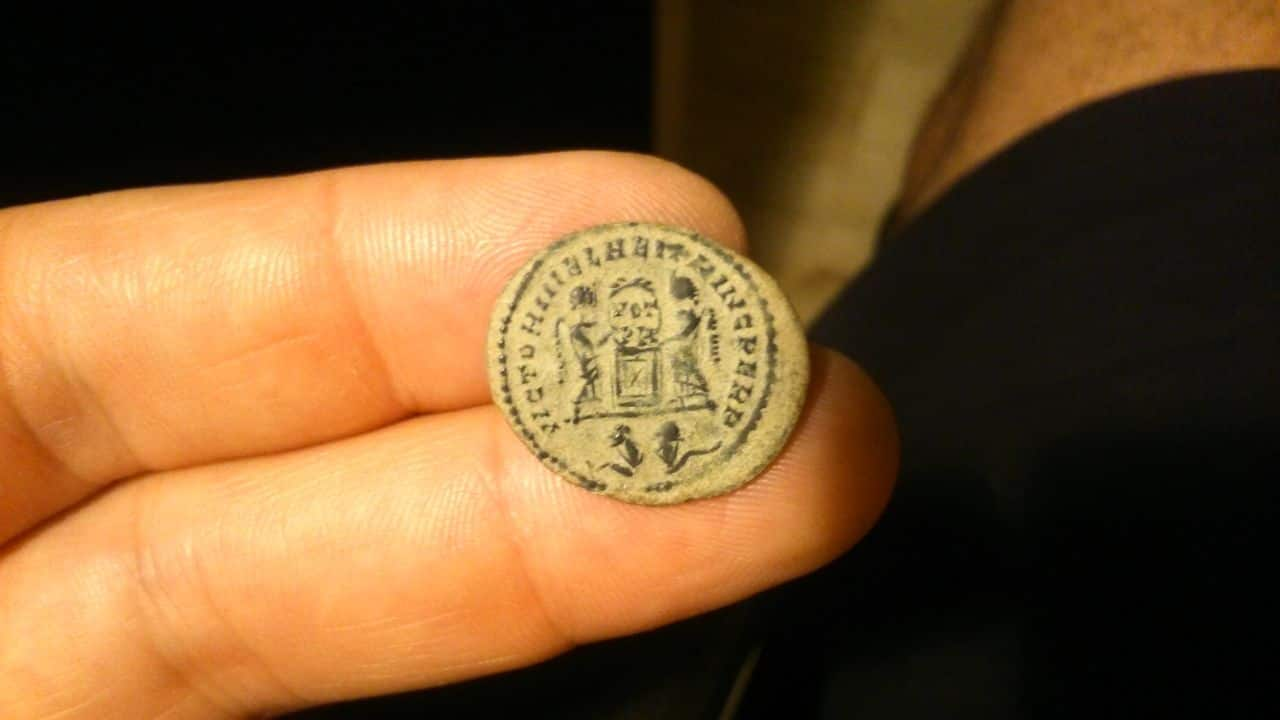 AE3 de Crispo. VICTORIAE LAETAE PRINC PERP. Lyon. DSC_1207_1