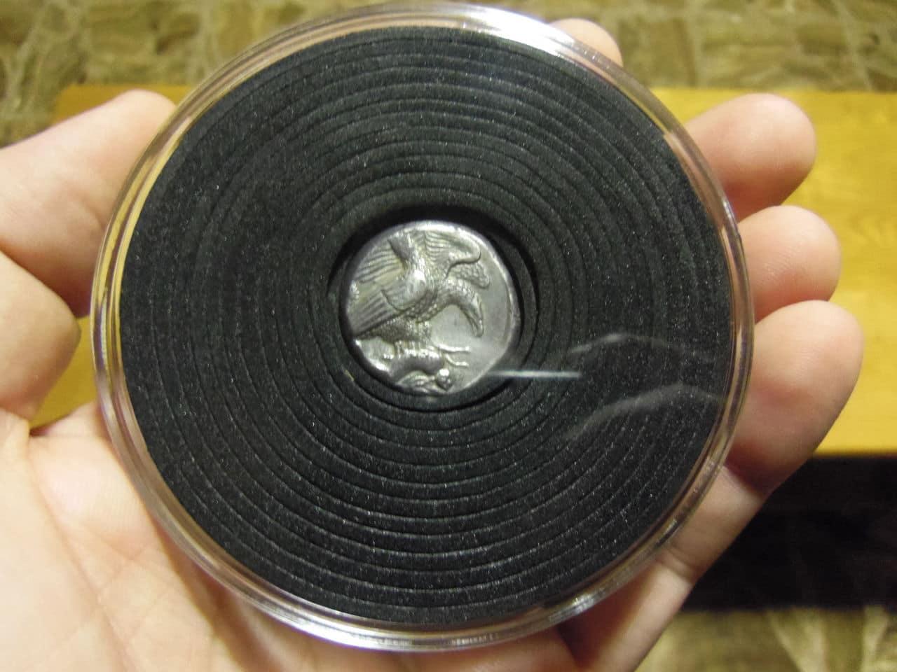 Nuevas Cápsulas de monedas CAPS XL de Leuchtturm. ¡Al fin hay capsulas para las monedas Griegas Clásicas y para medallas de gran tamaño!. IMGP6687