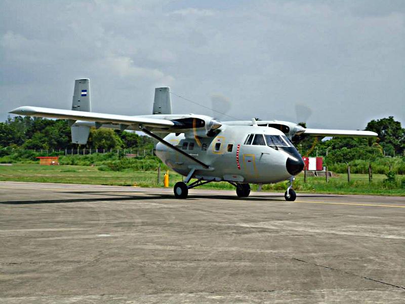 Fotos y videos de las FFAA de Honduras y equipos de los Bomberos 1011496_10153038766890171_1406955915_n