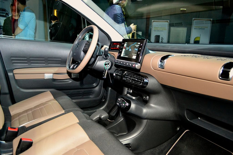 2014 - [Citroën] C4 Cactus [E3] - Page 40 14051145651_2004f852de_c