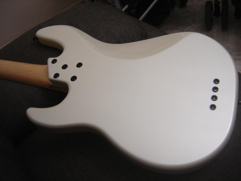 Precision Bass 4 cordas - GusVCD DSC04564