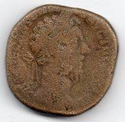 Sestercio de Marco Aurelio. IMP VIIII COS III P P - S C. Aequitas estante a izq. Ceca Roma. Mon014a