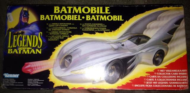 YOUPILAND - Minouche's Little (partie 3) - Page 6 Batmobile_legends
