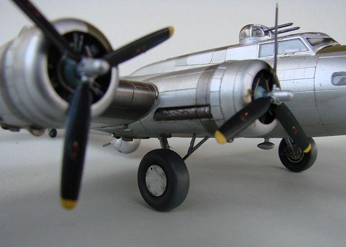 Do Božića B-17G, Academy, 1/72 DSC04371
