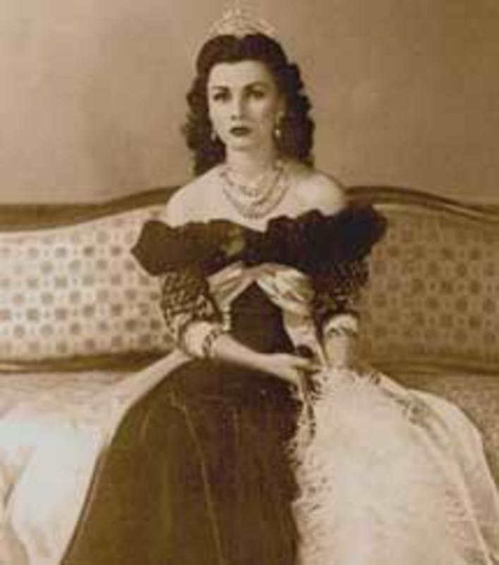 LA MALDICION DEL SHA DE PERSIA REINA_FAWZIA_DE_EGIPTO