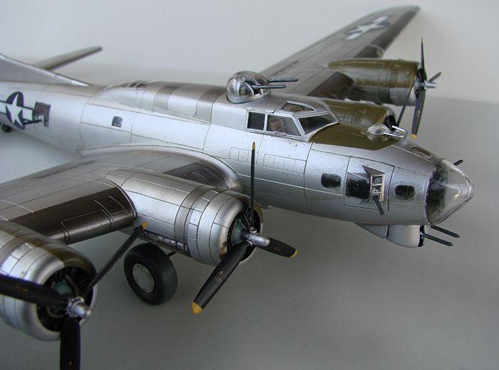 Do Božića B-17G, Academy, 1/72 DSC04365