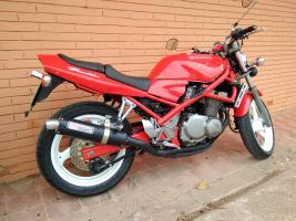 Me presento desde Valencia con una flamante bandida roja Thump_98000492
