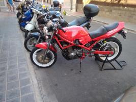 Me presento desde Valencia con una flamante bandida roja Thump_980005310