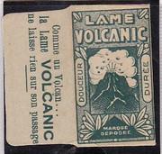 Demandes d'identifications tous DE - Page 2 Lame_Volcanic