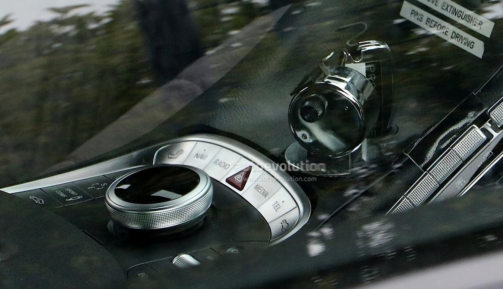 Aston Martin DB11 terá motor e componentes Mercedes Screenshot_2485