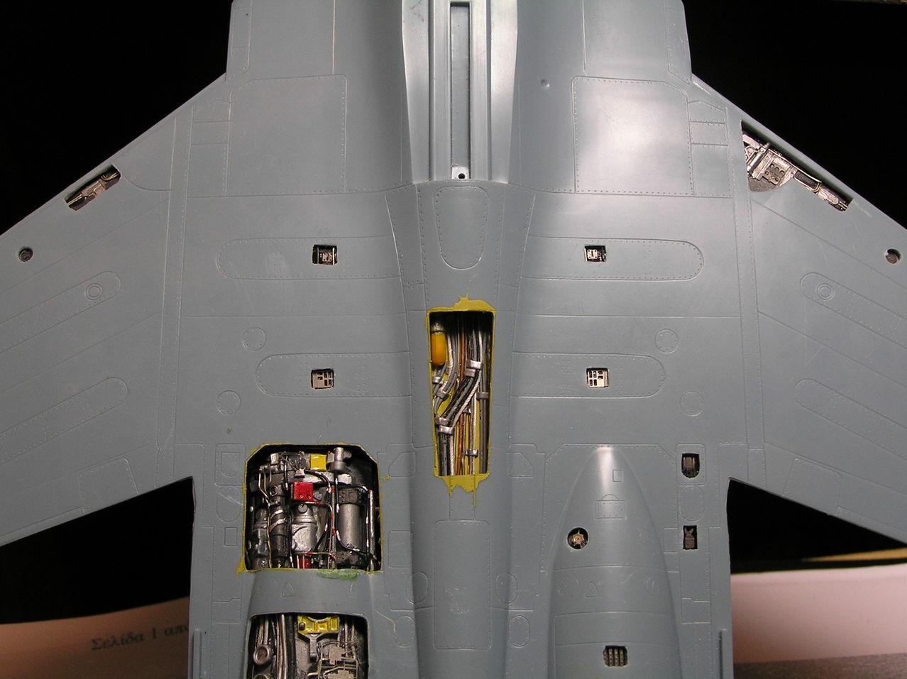 ...καπως ετσι αρχισαν ολα...Su-27  και τα μυαλα στα καγκελα... P1030135