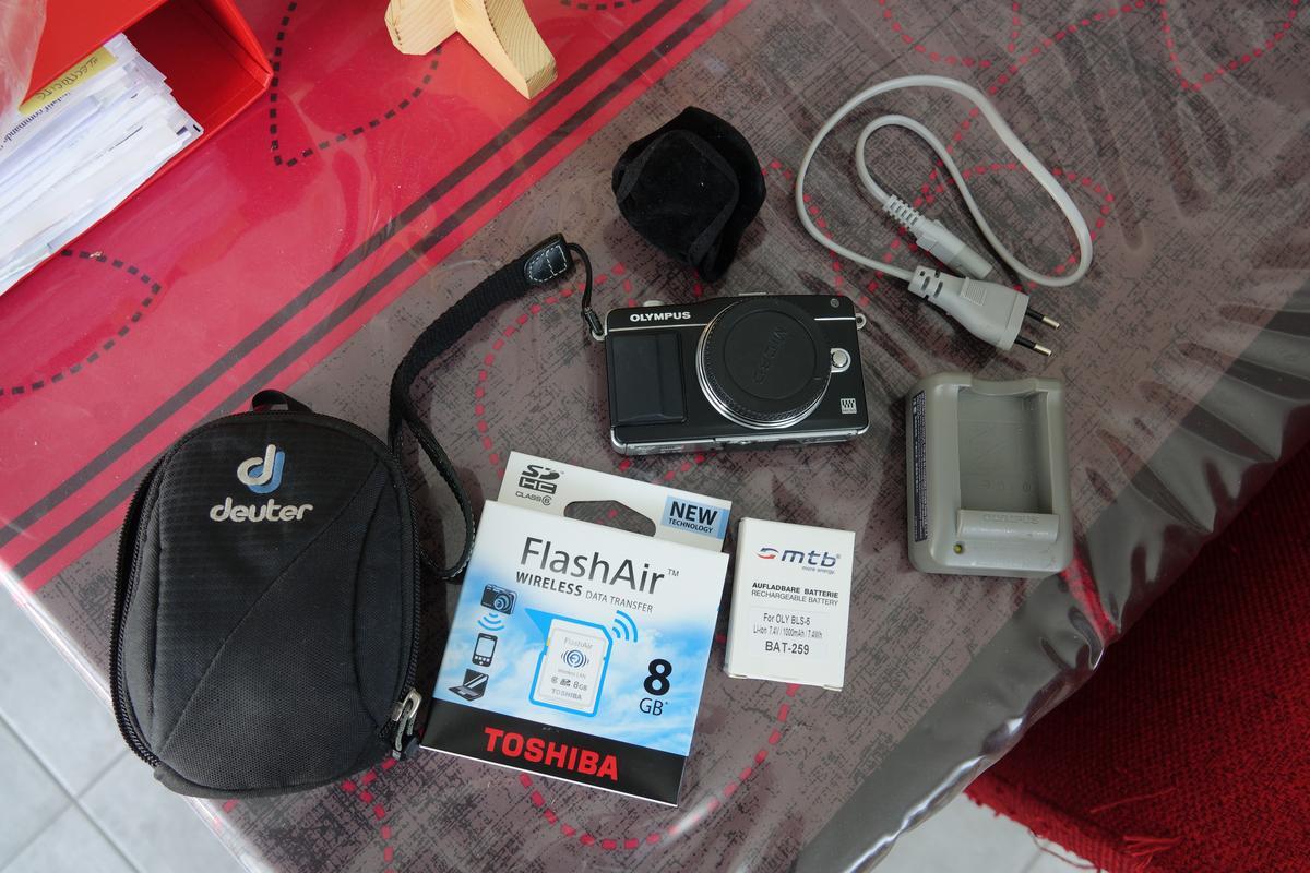 [VDS]Olympus E-PM2 + accessoires DSC00850