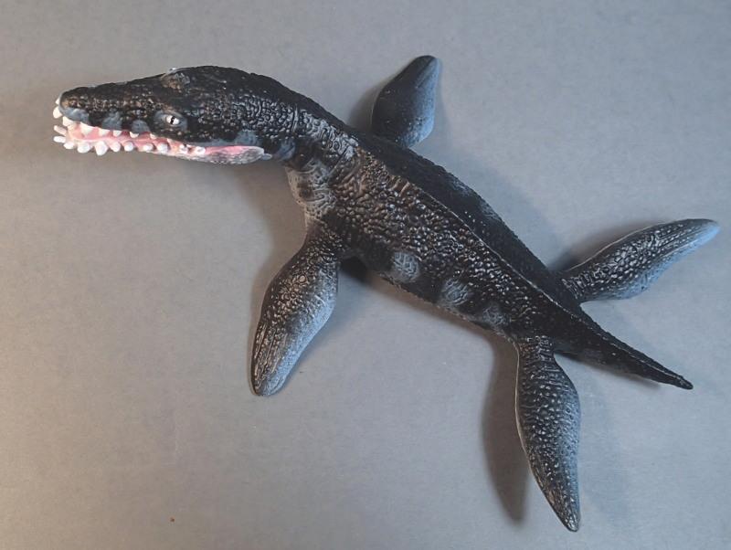 Two new medium sized Bullyland  Museum Line models 2016 : T-Rex and Liopleurodon, walk arounds Bully61449_zps6txw9j3o