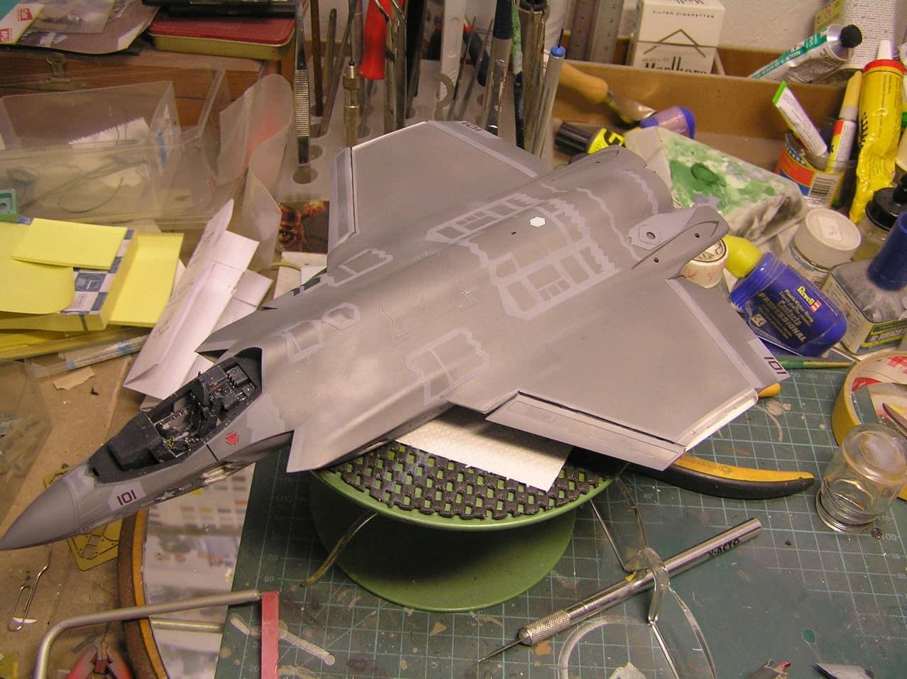 "F-35C  1/48 ... H  ""αεροπλαναρα""  !!! - Σελίδα 3 P1010060_2"