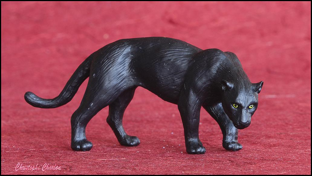 Eikoh 'Miniatureplanet' Black Panther walkaround   Eikoh_Black_panther-10.jpg_original
