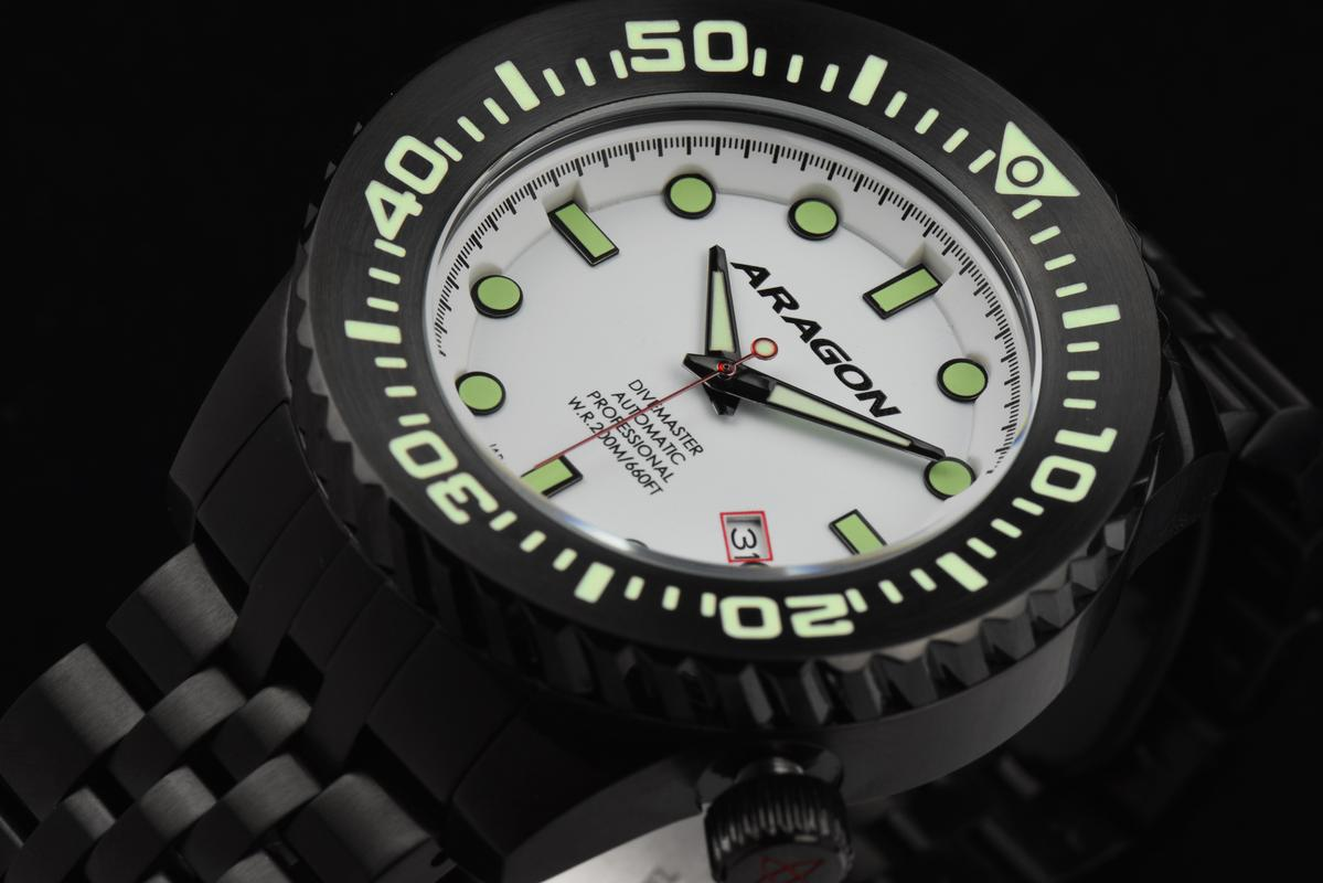 Aragon Divemaster EVO Automatic in 45mm IP black. A253_WHT-1
