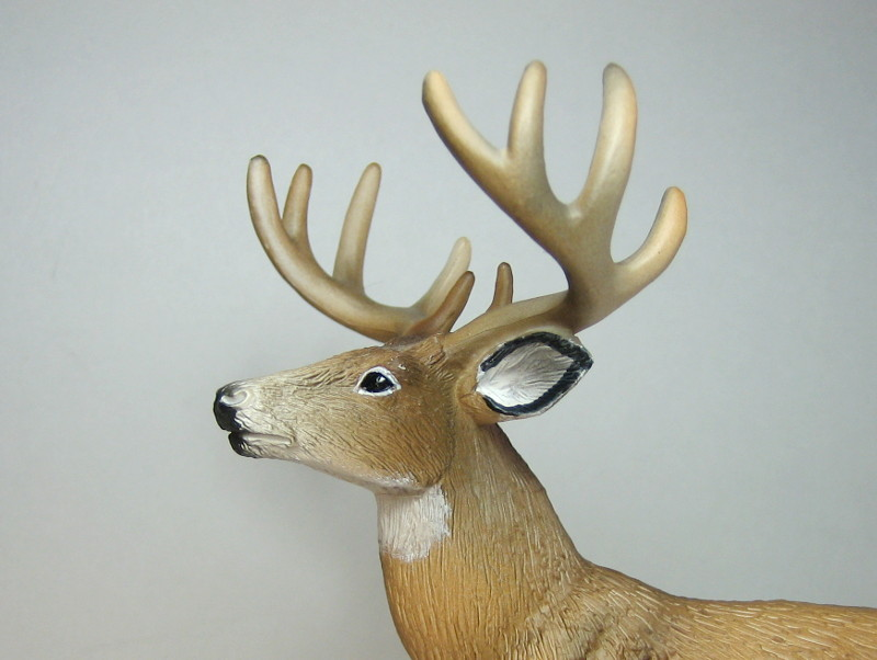 The new white tailed deer, and some comparisons to his retired brother. IMG_7340_zpsef472d7d