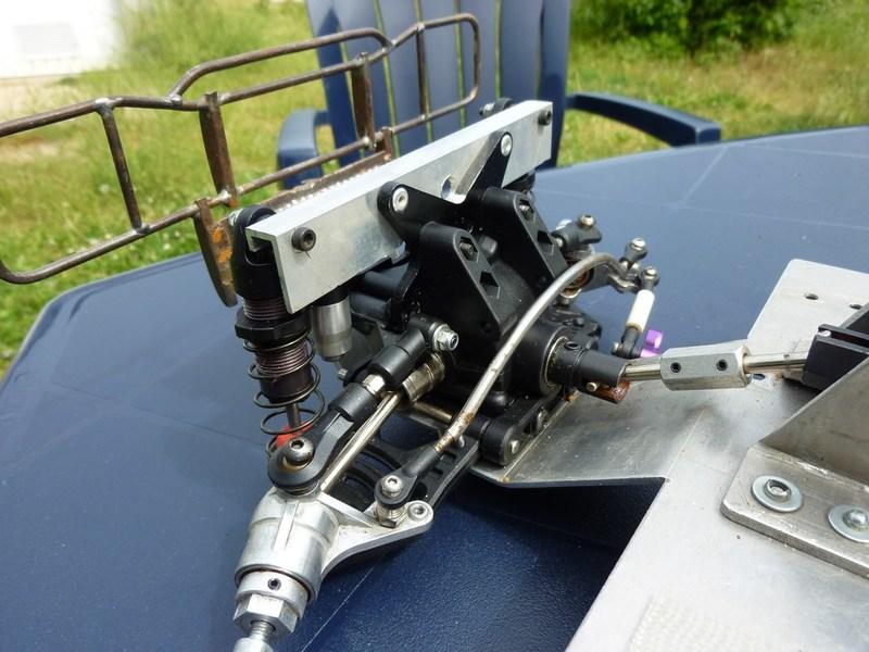 Hummer H1 pont Avioracing 1/8 P1020641