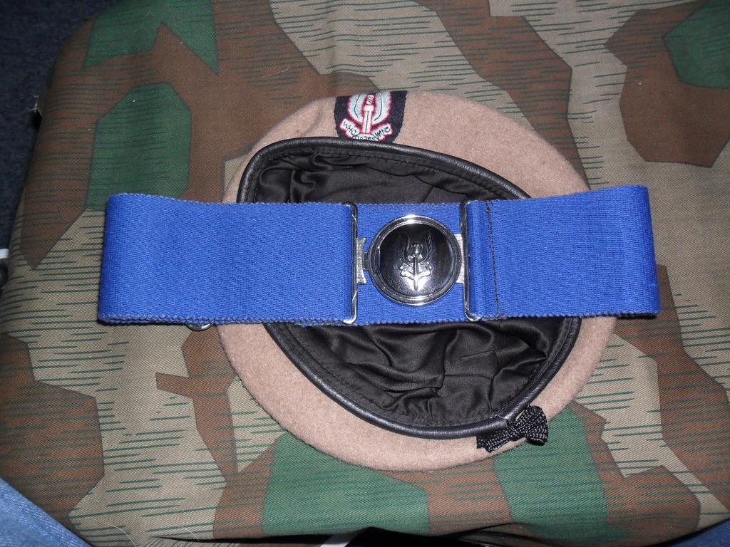 Rhodesian Belts and Berets SAS_Or