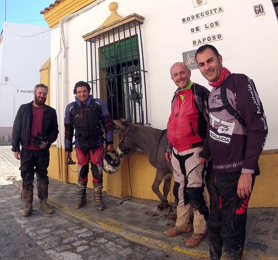 Entre Sevilla y Moguer, 200 km por caminos de arena Image