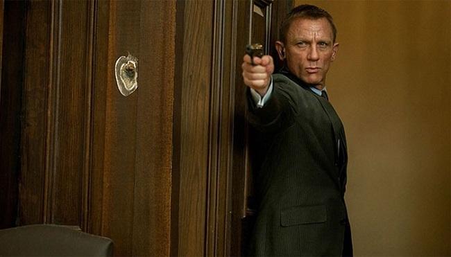 James Bond 432263-daniel-craig-1