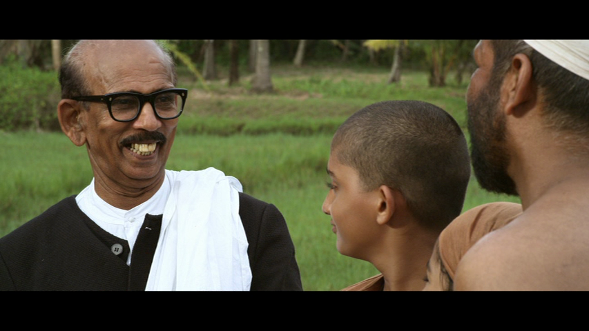 New Malayalam Blu Ray/DVD/ VCD Releases - Page 7 Vlcsnap_2014_05_27_19h04m52s57