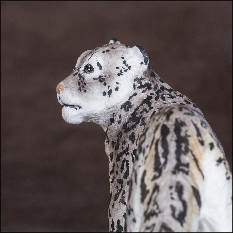Ana's Snow leopard: A walkaround by kikimalou Snow_Leopard_Anna_10