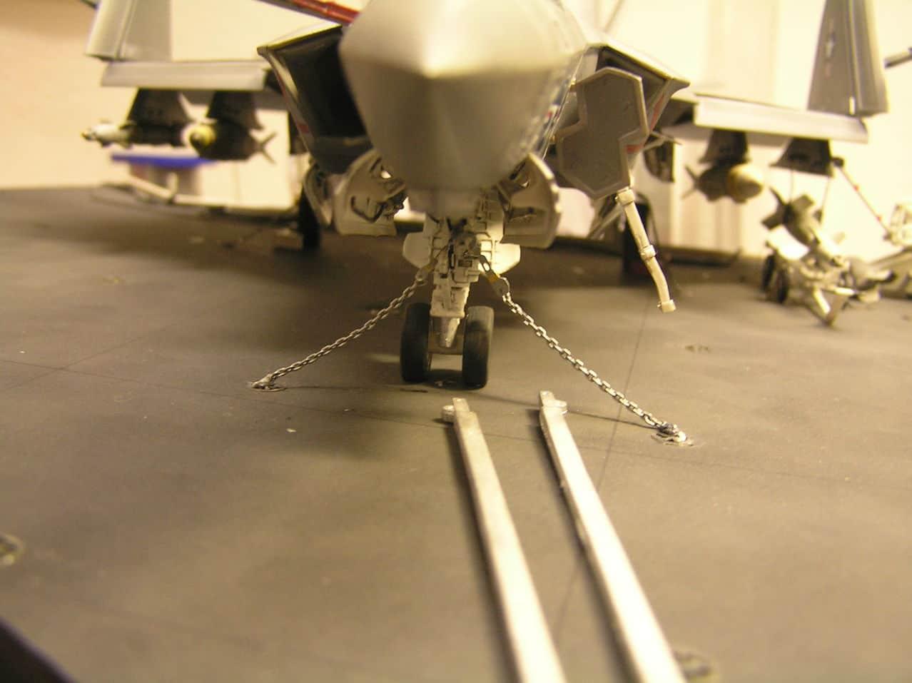 "F-35C  1/48 ... H  ""αεροπλαναρα""  !!! - Σελίδα 4 P1010102"