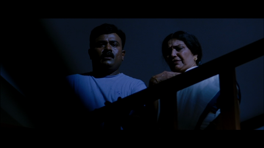 New Malayalam Blu Ray/DVD/ VCD Releases - Page 5 Vlcsnap_2013_10_09_17h21m28s63