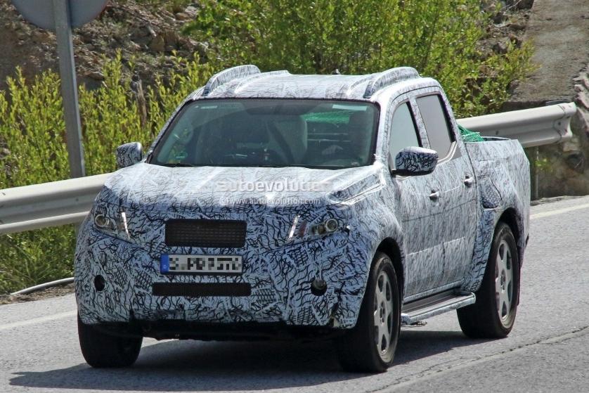 Mercedes confirma Pickup rival da Hilux e Amarok - Página 2 Screenshot_4576