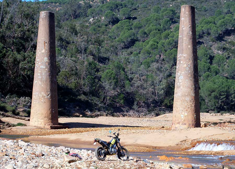 Molinos y dolmenes Image