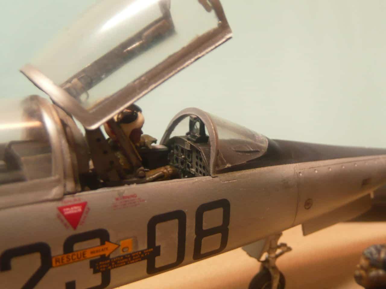 Northrop F-5B 1/48 Classic Airframes P1080114