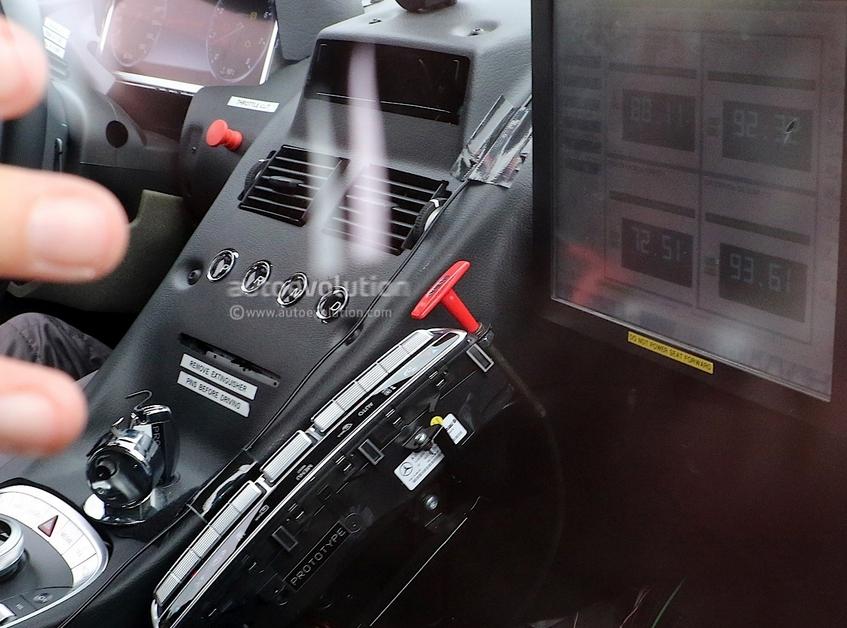 Aston Martin DB11 terá motor e componentes Mercedes Screenshot_2486