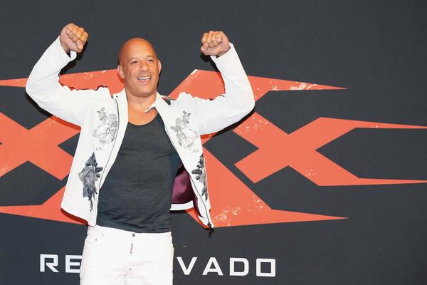 Vin Diesel - Página 8 X_Xx_Return_Xander_Cage_World_Premiere_8_RGS6b_Mwy_M