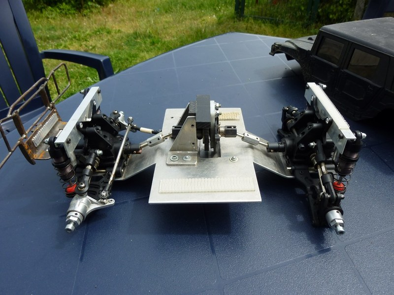 Hummer H1 pont Avioracing 1/8 P1020639