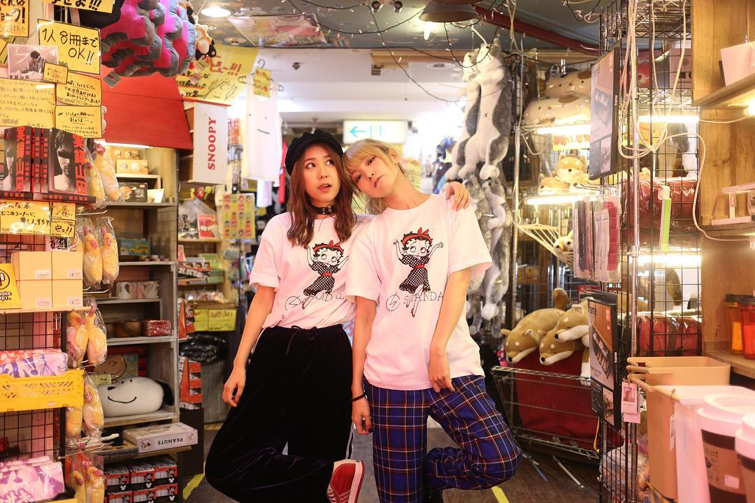 SCANDAL × Village Vanguard Collaboration Goods 16790182_1857175201232687_3390598203102461952_n
