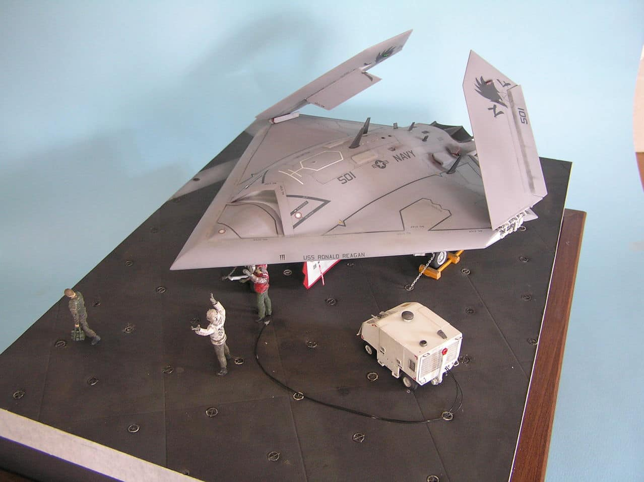 Χ-47Β  1/48...και τα μυαλα στα καγκελα!!! - Σελίδα 2 Image