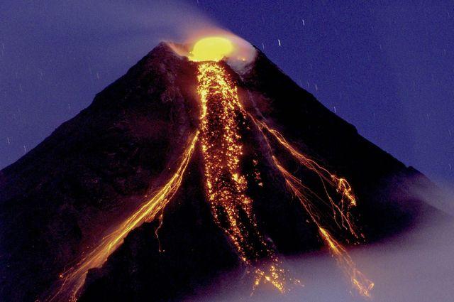 Vulkani - Page 2 Mayon_0052