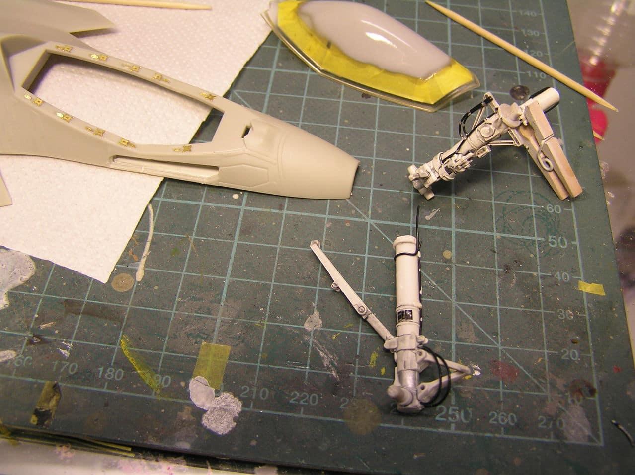"F-35C  1/48 ... H  ""αεροπλαναρα""  !!! P1010043_2"