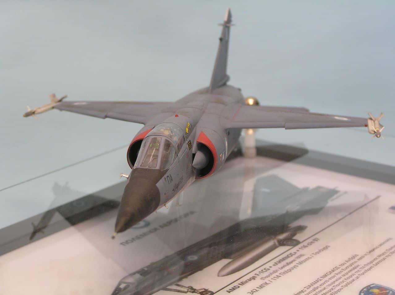 Ελληνικό Mirage F-1CG  1/48  - Σελίδα 2 P1010012