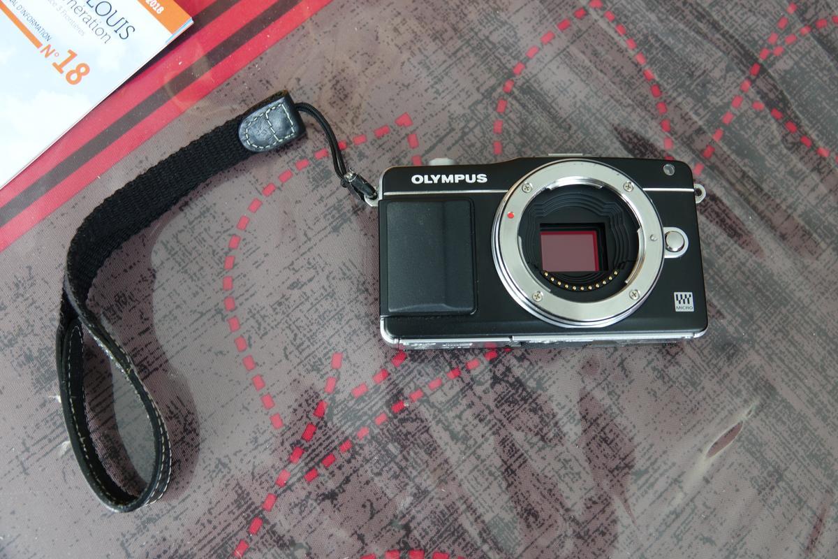 [VDS]Olympus E-PM2 + accessoires DSC00848