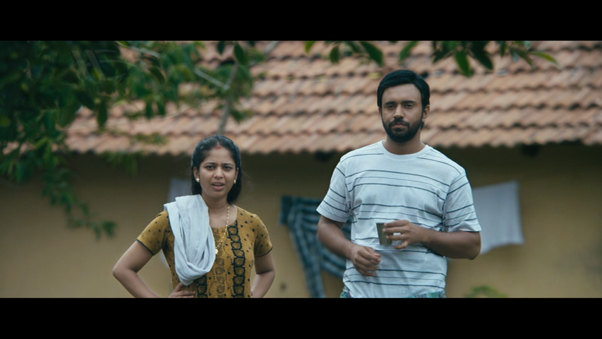 New Malayalam Blu Ray/DVD/ VCD Releases - Page 7 Vlcsnap_2014_05_15_14h04m59s63