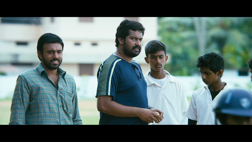 New Malayalam Blu Ray/DVD/ VCD Releases - Page 7 Vlcsnap_2014_05_15_14h08m38s197