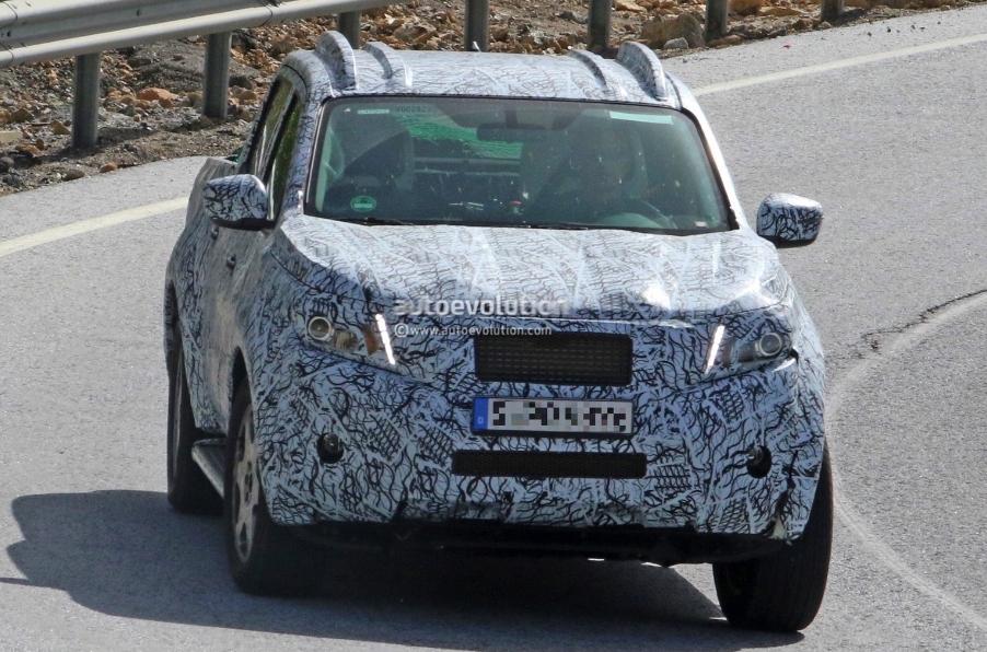 Mercedes confirma Pickup rival da Hilux e Amarok - Página 2 Screenshot_4577